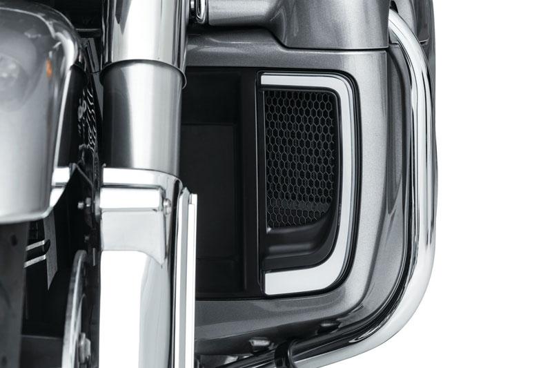 【5064】 TRACER L.E.D. ロワーフェアリング グリル:2014年以降ツーリング、トライクモデルで純正ロワーフェアリング装着車に適合/サテンブラック