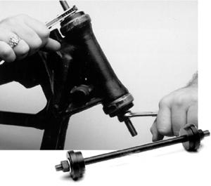 【38500361】 ステアリングヘッド ベアリングレース インストーラー 2014年以降ツーリング トライク ハーレー工具