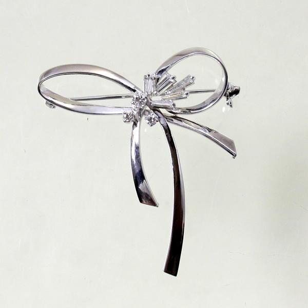 【中古】 プラチナ ダイヤ 0.62ct リボンデザイン ブローチ