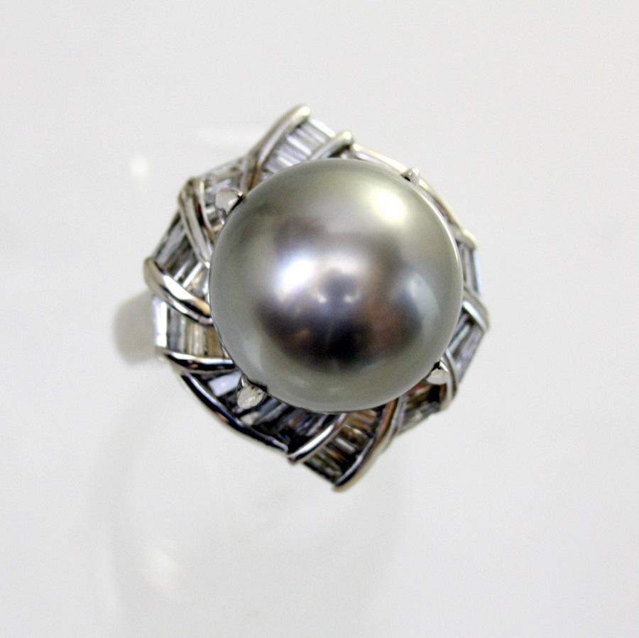 【中古】 プラチナ 真珠 13.4mm ダイヤ 1.10ct リング 12号