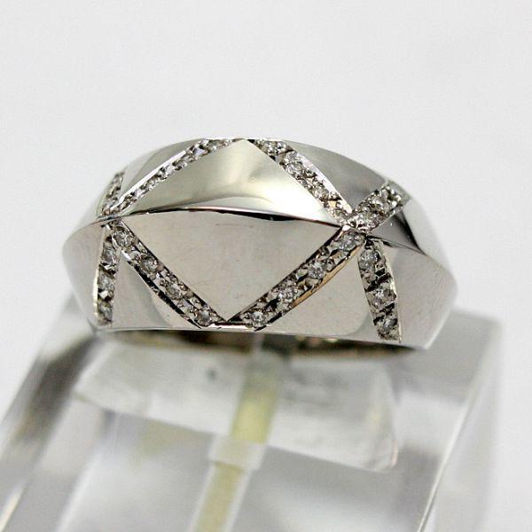 【中古】 プラチナ ダイヤモンド リング 13号
