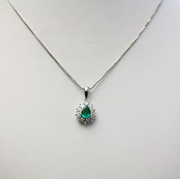 【中古】 プラチナ エメラルド 0.47ct ダイヤ ペンダント付ネックレス