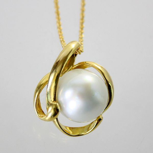 【中古】 18金 真珠 15.9mm ペンダント付ネックレス