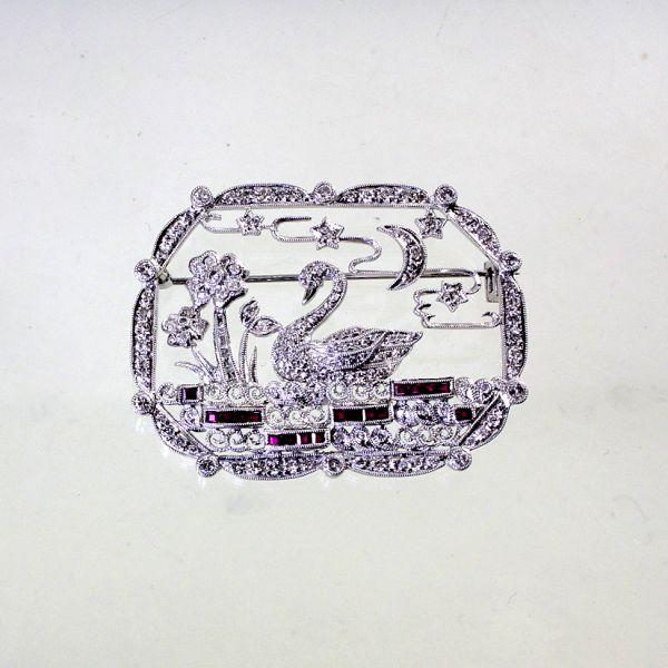 【中古】 プラチナ ダイヤ 1.72ct ルビー 0.70ct 白鳥デザイン ブローチ