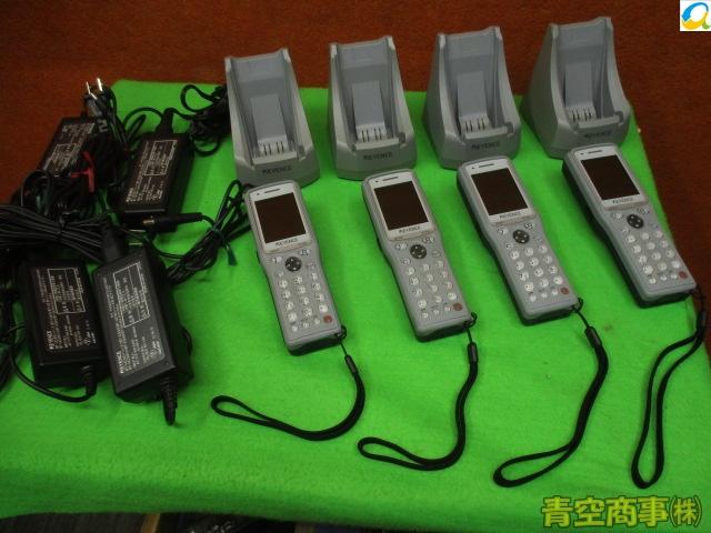【中古】KEYENCE BT-1500x4台 充電器x4台 セット 2次元コードハンディターミナル 簡易チェック済み[B7160]