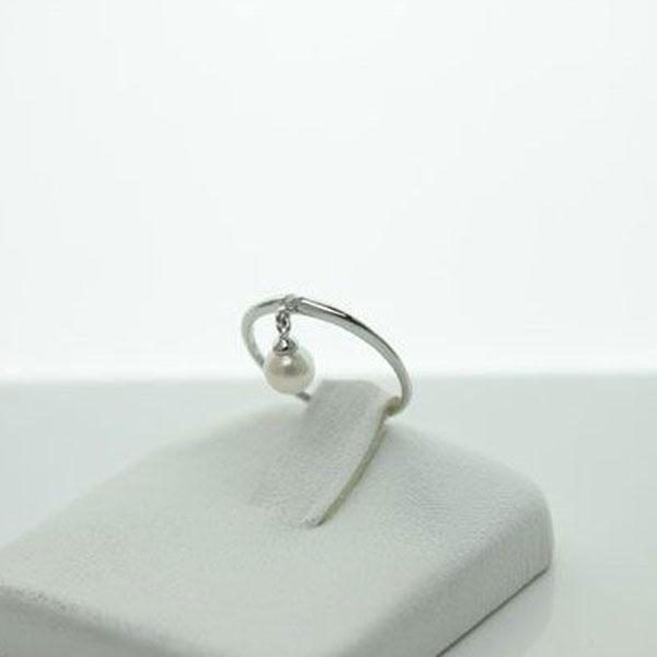 真珠 指輪 パール リング あこや真珠 指輪 パール リング ピンキーリング K18WG ダイヤ デザイン