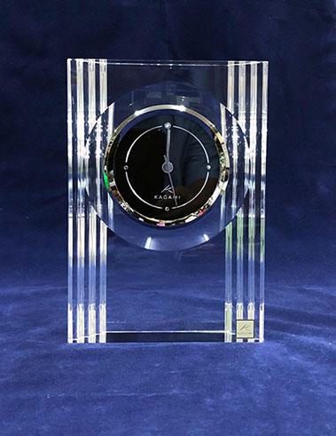 カガミクリスタル時計Q432:クリスタルクロック【名入彫刻】