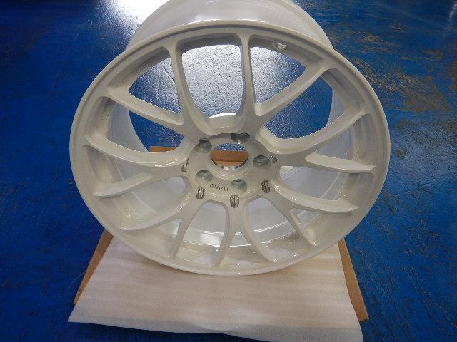 レイズ ITARU 020 18インチ ホワイト 4本セット 新品