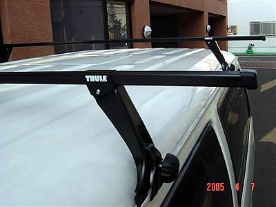 【送料無料】THULE スーリー サンバー・ディアス S321 S331 952 7123 ルーフキャリア キャリアベース 1台分 スクエアバー