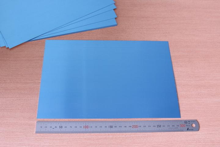 自分で簡単に切断できます トラスト アルミ板 A4サイズ 新着セール 1枚 t=0.3mm