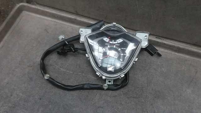 バイクパーツ ディオ110 JF31-1009xxx の メーター *1449801363 【中古】【送料込】