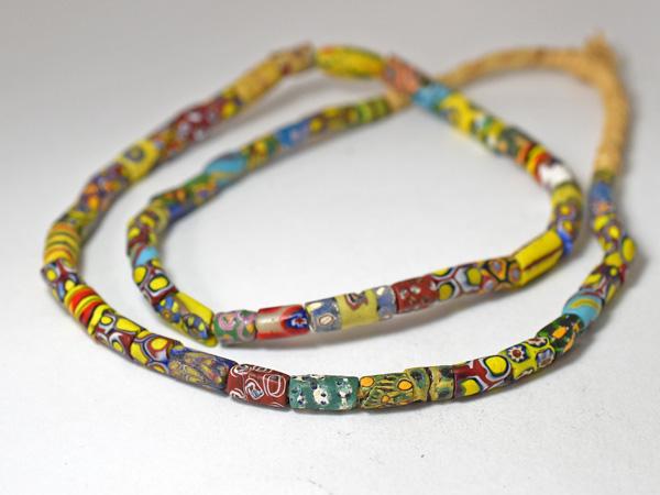【2002】ANTIQUEヴェネチアミルフィオリ小粒ビーズ一連2【とんぼ玉】【アンティークビーズ】【ビーズ】【トレードビーズ】【骨董】【送料無料】【antiquebeads】【beads】【ベネチア】