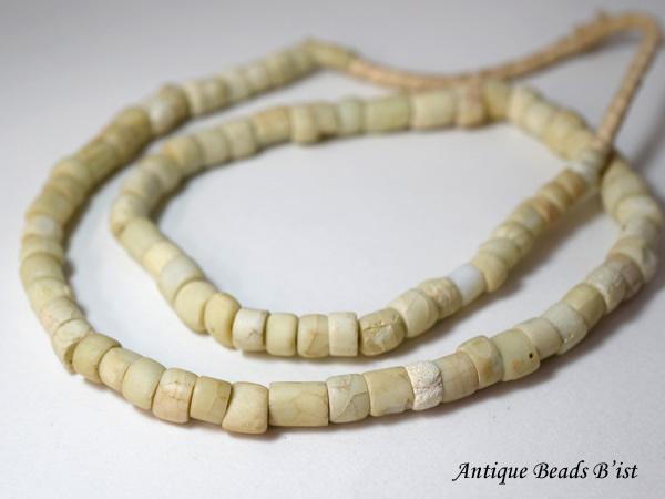 【1512】アンティークドゴンホワイトビーズ一連2【とんぼ玉】【アンティークビーズ】【ビーズ】【パーツ】【トンボ玉】【骨董】【antiquebeads】【beads】【ハンドメイド】