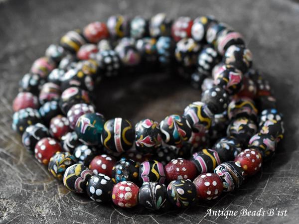 【1909】ANTIQUEヴェネチアファンシーミックスビーズ一連ロング(約100Cm)2【とんぼ玉】【アンティークビーズ】【ビーズ】【パーツ】【骨董】【送料無料】【antiquebeads】【beads】【ベネチア】【アイビーズ】
