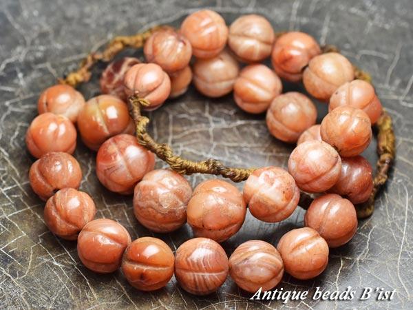【1607】ナガ族伝世カーネリアン蜜柑玉一連2【とんぼ玉】【アンティークビーズ】【ビーズ】【パーツ】【瑪瑙】【ナガ】【カーネリアン】【antiquebeads】【beads】【民族】