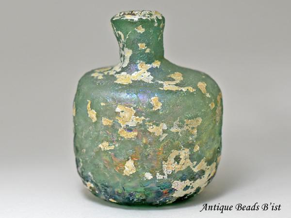 【1910】古代ローマングラスエンボス装飾付銀化瓶 ボトル(高さ約7.9Cm)【とんぼ玉】【トンボ玉】【アンティークビーズ】【ローマンガラス】【ビーズ】【骨董】【送料無料】【Ancient Roman glass】【beads】