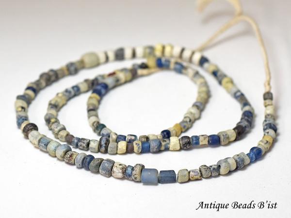 【1909】マリ出土古代ガラス小粒ビーズ一連C2【とんぼ玉】【アンティークビーズ】【ガラスビーズ】【ローマングラス】【ビーズ】【パーツ】【antiquebeads】【Ancient roman beads】【骨董】