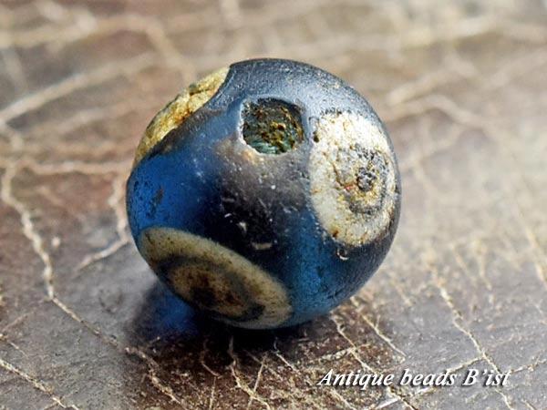 【1703】古代ローマン4眼貼付セミクリアブルーアイビーズD1【とんぼ玉】【アンティークビーズ】【送料無料】【ビーズ】【骨董】【蜻蛉玉】【antiquebeads】【beads】【古代玉】【1703-4】
