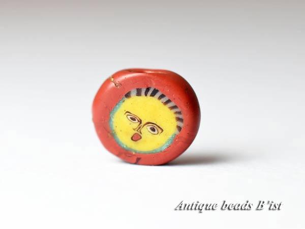 【1710】古代ローマン円形フェイスディスクビーズB3【とんぼ玉】【トンボ玉】【人面玉】【送料無料】【アンティークビーズ】【骨董】【古代玉】【antiquebeads】【beads】【アンティークコレクション】