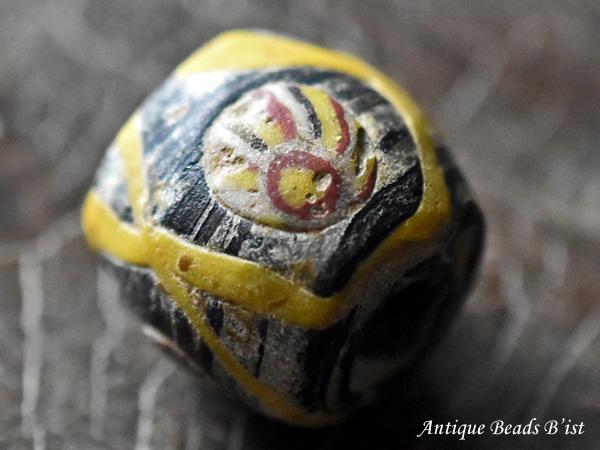【1912】ヴァイキング3つの嵌眼貼付大玉C2【とんぼ玉】【トンボ玉】【送料無料】【骨董】【ガラス】【ビーズ】【ローマングラス】【antiquebeads】【beads】【古代玉】【ancient Roman beads】