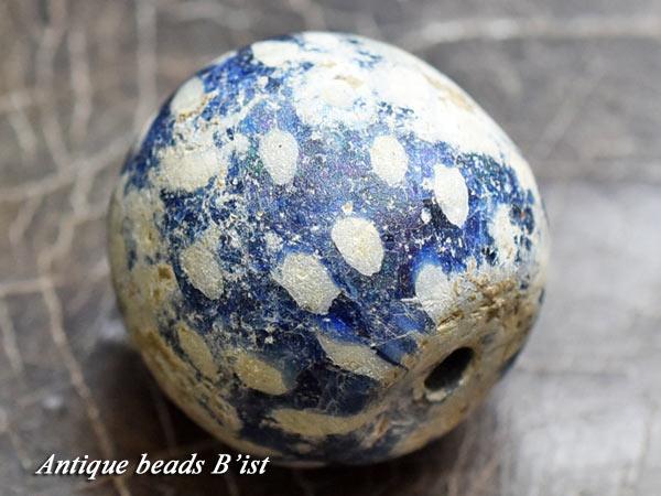 【1601】ジャワ島出土銀化瑠璃色マニックトッケイ大玉【とんぼ玉】【トンボ玉】【送料無料】【アンティークビーズ】【骨董】【ビーズ】【antiquebeads】【beads】