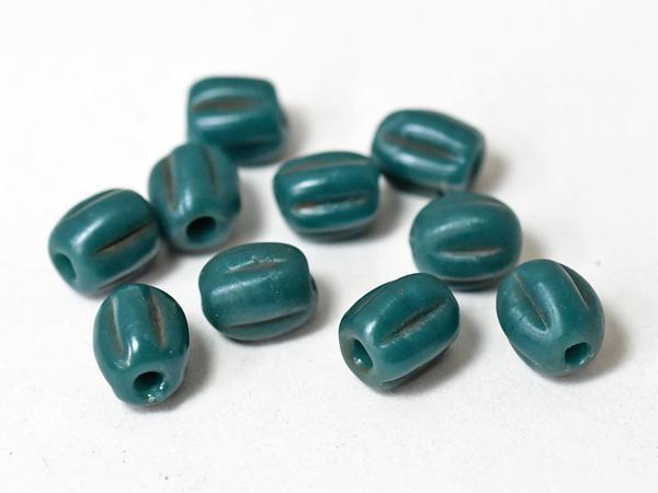濃い緑色 トンボ玉 蜻蛉玉 2005 モスグリーンの筋入中小粒ビーズ10個セットBS とんぼ玉 アンティークビーズ ガラスビーズ 激安通販専門店 国内在庫 ハンドメイド パーツ beads ビーズ glassbeads