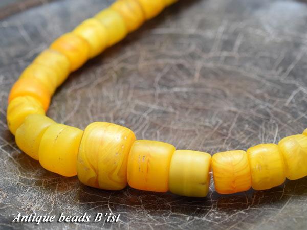 【1601】ANTQボヘミア黄色カンカンバビーズ一連3【とんぼ玉】【アンティークビーズ】【ローマングラス】【ビーズ】【パーツ】【送料無料】【骨董】【antiquebeads】【beads】