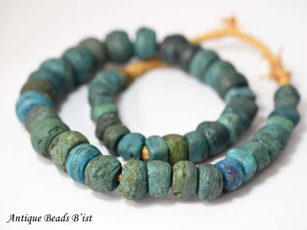 【1608】ANTQヘブロン青緑色大粒ビーズ一連2【とんぼ玉】【アンティークビーズ】【ローマングラス】【ビーズ】【パーツ】【送料無料】【骨董】【antiquebeads】【beads】