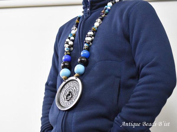 【1812】アイヌ玉のの豪華な首飾り シトキ【とんぼ玉】【トンボ玉】【送料無料】【骨董】【根付】【和玉】【アンティークビーズ】【antiquebeads】【beads】【ガラスビーズ】