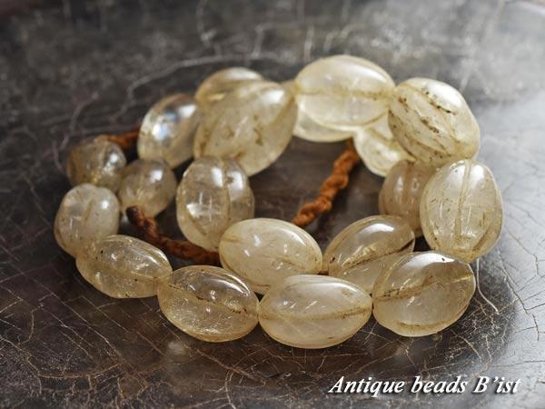 【1708】ナガ族クリスタル楕円型筋玉一連2【とんぼ玉】【アンティークビーズ】【ビーズ】【パーツ】【蜻蛉玉】【水晶】【パワーストーン】【antiquebeads】【beads】【骨董】