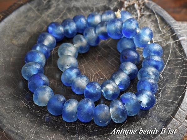 【1802】アフリカンパウダーグラス半透明青色ビーズ一連3【とんぼ玉】【アンティークビーズ】【ビーズ】【パーツ】【アフリカ】【ガラスビーズ】【beads】【ハンドメイド】