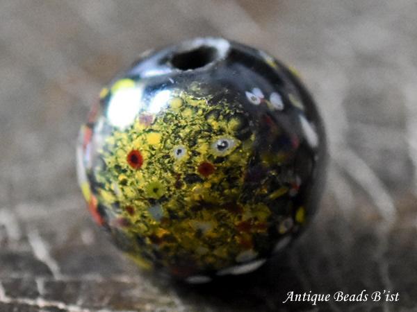 【1911】江戸とんぼ玉 雲がかかったような花散らし紋様大玉A3【とんぼ玉】【トンボ玉】【送料無料】【骨董】【根付】【和玉】【アンティークビーズ】【antiquebeads】【beads】【ガラスビーズ】