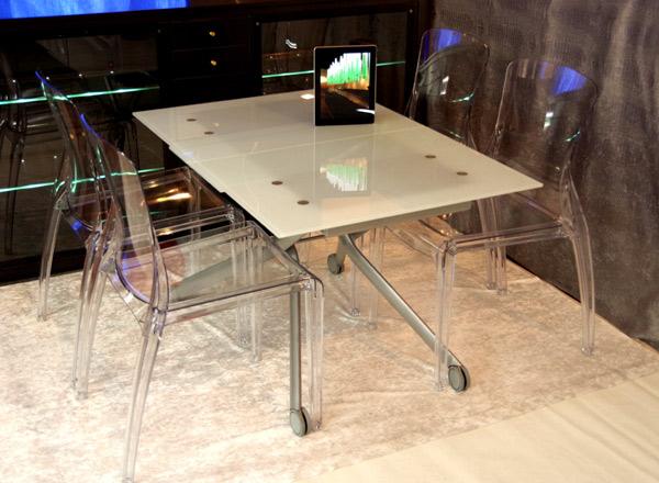 デザイナーズテーブルセット【伸長式リフティングテーブルEsprit-V、チェアCrystal 4脚セット】昇降伸長式ガラステーブルイタリア製/フロスト強化ガラス(すりガラス)仕様/高さ調整テーブルセット/テーブル高さ36~82cm