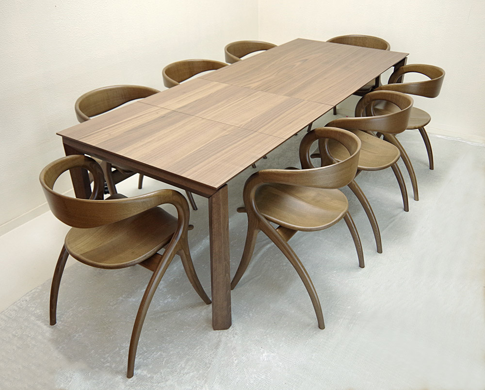伸張式テーブル、チェア8脚セット【木製ダイニングテーブル、幅130cm、180cm、230cm ウォールナット色】3段階幅変更テーブル、イタリア製