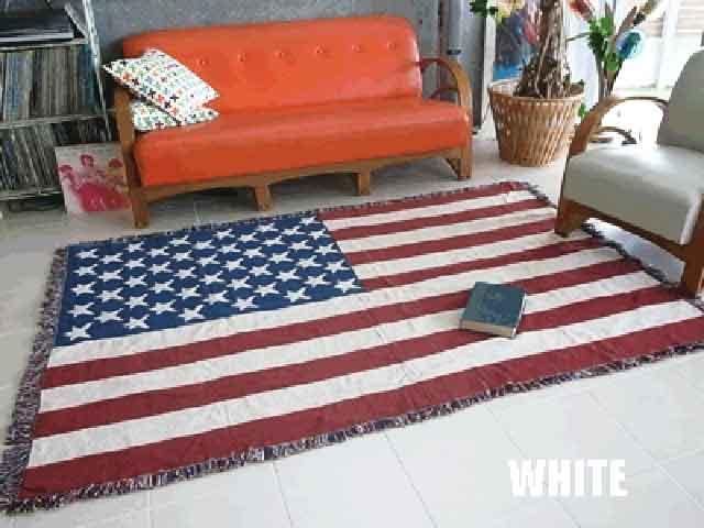 【送料無料】星条旗柄 ラグマット ホワイト 約200×140センチ お部屋をアメリカンに!カントリーにも アメリカン雑貨 アメリカ雑貨 アメリカ 雑貨 インテリア おしゃれ 室内用 フラッグ柄 ゴブラン織り フロアマット