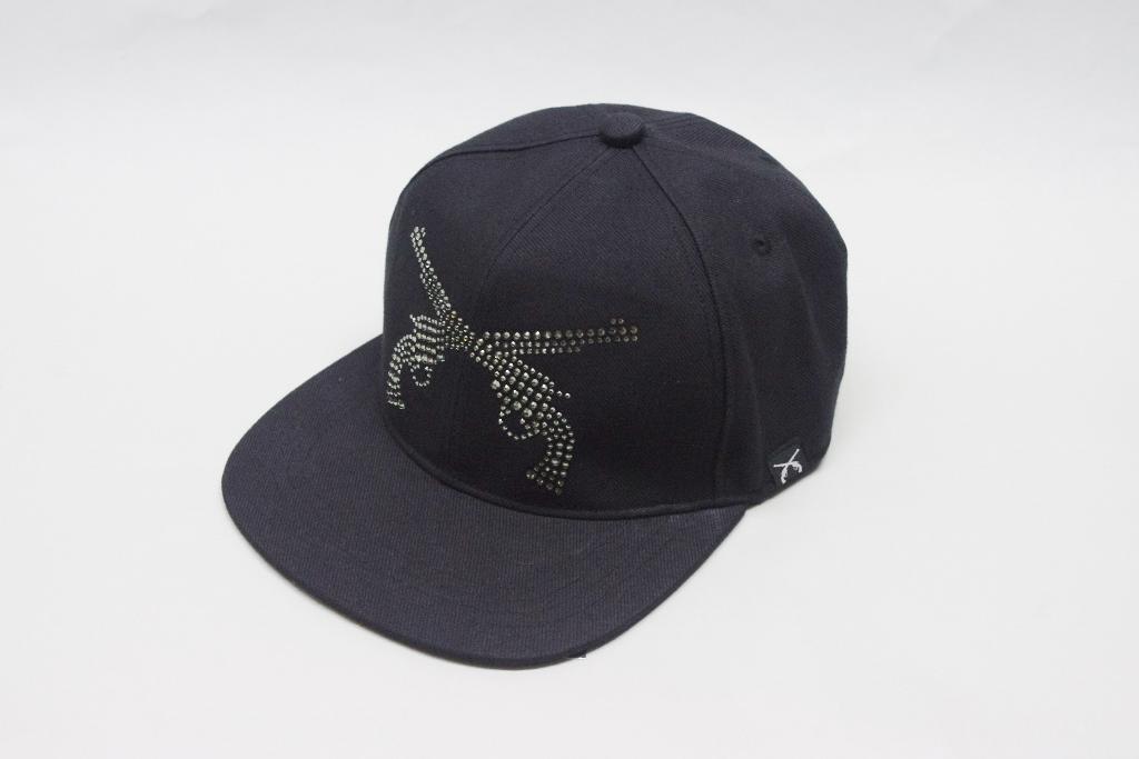 roar PISTOL SWAROVSKI CRYSTAL FLAT BEASBALL CAP