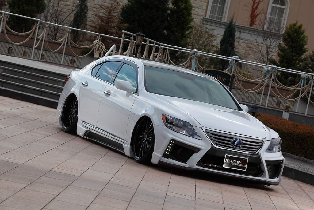 JEWERLY LINE  DIAMOND seriesLEXUS LS460-600h ~MC サイドステップ