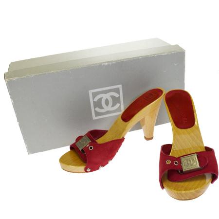 【中古】 シャネルスポーツ CHANEL SPORT サンダル 靴 ココマーク レッド スエード ウッド 保存箱付き レディース 35 22cm 01EG590