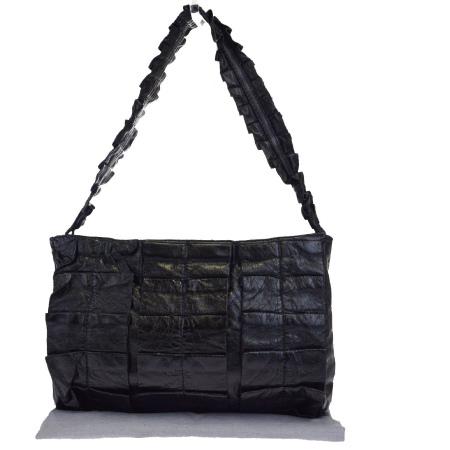送料無料 【中古】 美品 ミュウミュウ miumiu ショルダーバッグ ブラック レザー 保存袋付き 04EJ802