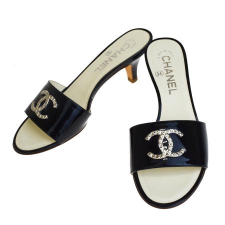 【中古】 超美品 シャネル CHANEL サンダル 靴 ココマーク ブラック シルバー エナメル レディース 35 22cm 65EP447