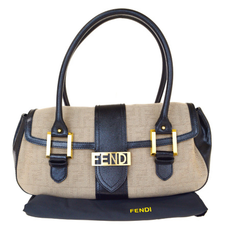 【中古】 超美品 フェンディ FENDI ズッカ ショルダーバッグ ベージュ ブラック キャンバス レザー 保存袋付き 36BJ407