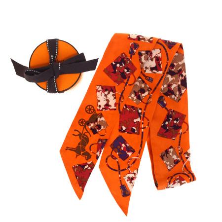 【中古】 エルメス HERMES ツイリー スカーフ バッグ柄 オレンジ シルク 100% 保存箱付き 05ER256