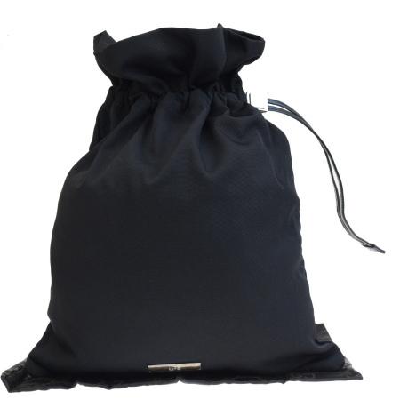 【中古】 外美品 グッチ GUCCI バッグ 巾着 ブラック ナイロン レザー 08ET133