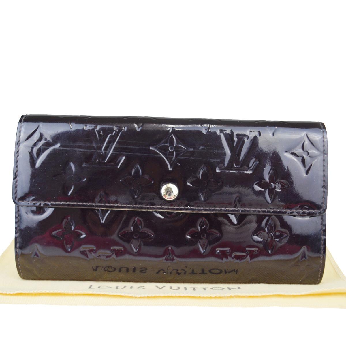 【中古】 ルイ・ヴィトン(Louis Vuitton) モノグラム ヴェルニ サラ M93524 モノグラムヴェルニ 長財布(二つ折り) アマラント 08FA570