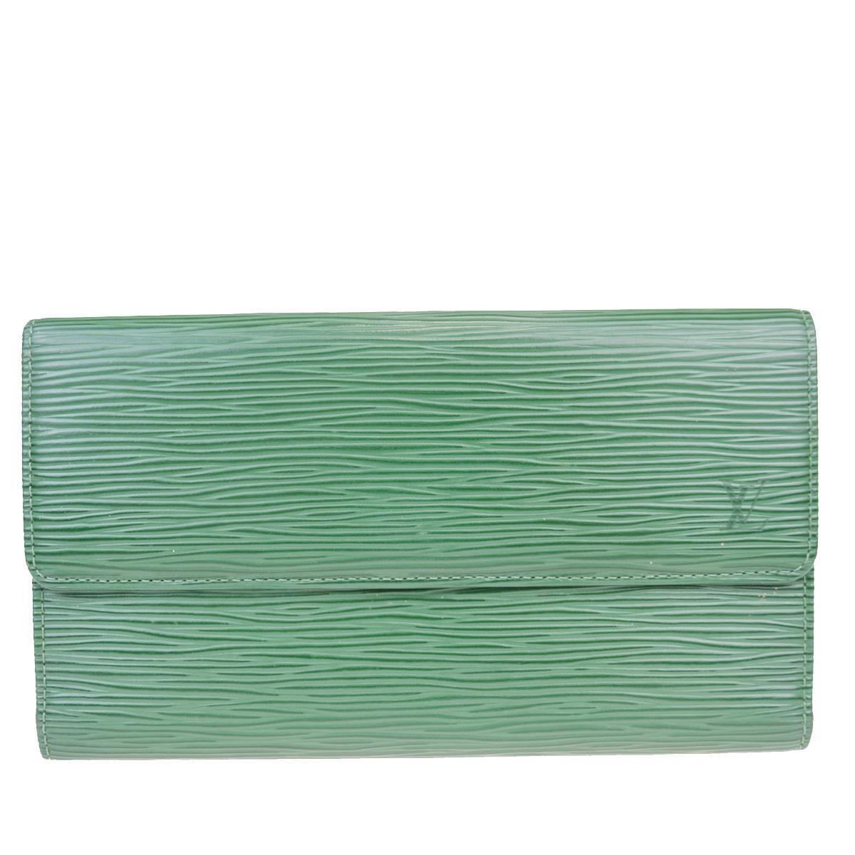 【中古】 ルイ・ヴィトン(Louis Vuitton) エピ ポルトフォイユ インターナショナル M63384 レザー 長財布(三つ折り) グリーン 07FA983
