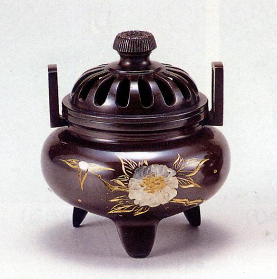 香炉・香立て■ 香炉 利久型(小)(ボタン彫金) ■青銅(ブロンズ)製 桐箱入り【高岡銅器】