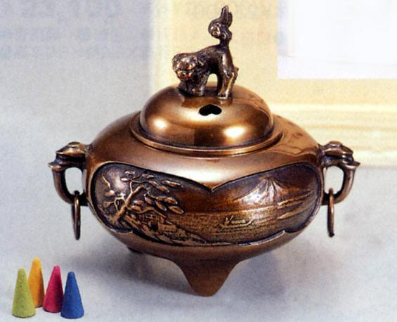香炉・香立て■ 香炉 平丸鐶付山水 ■青銅(ブロンズ)製 香付 桐箱入り【高岡銅器】