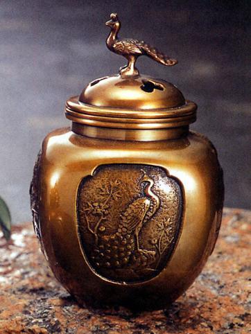 香炉・香立て■ 香炉 四方間取瑞鳥(小) ■青銅(ブロンズ)製 桐箱入り【高岡銅器】