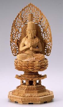 仏像 木製御本尊仏像■真言宗■ 大日如来 飛天光背 3.0寸 八角座 ■ 白檀(びゃくだん)■手彫り