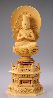仏像 木製御本尊仏像■真言宗■ 大日如来 円光背 3.0寸 ■桧(ひのき・檜) 六角台 ■手彫り